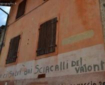 Scritte sui muri di Erto