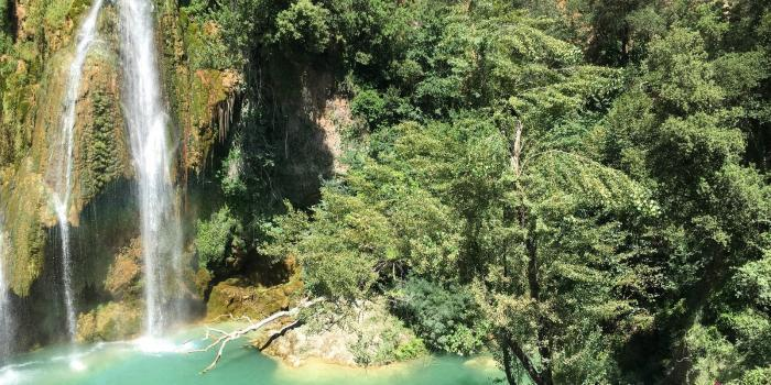 Un Viaggio Oltre I Confini: Sillans-la-Cascade